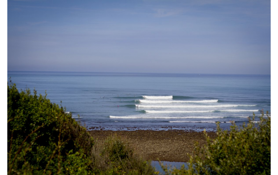 discover the surf spots of the Basque coast: Parlementia